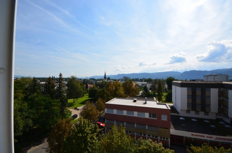 Sehr Gepflegte 2-Zimmer Wohnung mit Karawanken-Blick – Zu Verkaufen