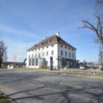 Büroflächen in herrschaftlicher Villa an stark frequentierter Kreuzung zu vermieten